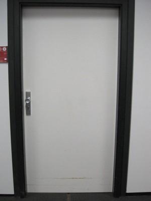 Geschlossene tür  Adventskalender geschlossene Tür 23.12.2011 | Staats- und ...
